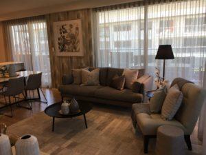 lounge room window treatment